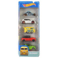 Hot Wheels VOLKSWAGEN 1:64 Scale Diecast Vehicle 5-Pack voitures (DJD20) par Mattel