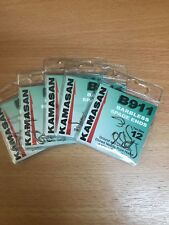 Five packets of Kamasan B911 Barbless Spade End Hooks Size 12