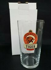 """Everards Brewery /""""Tiger/"""" pint glass USED  Pint Crown"""