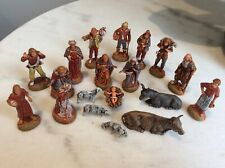 Vintage 19 piece Nativity / Presepe Figures Set in Old Cigar Box, Figurines