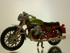 MOTOR CYCLE MOTO GUZZI - RED + GREEN METTALIC 1:24? - GOOD CONDITION