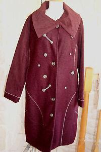 Manteau neuf violet taille 2 marque NESLAY (étiqueté à 85€)
