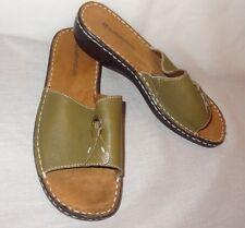 Naturalizer Wedge Sandals Shoe Women 7 M Callman Slip On Green Tan Leather Upper