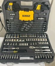 Dewalt DWMT73802 142 Mechanics Tool Set