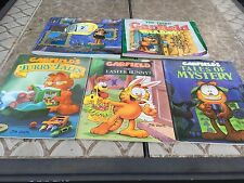 Lot of 5 Garfield Comic Books 3rd/7th Treasury-furry Tales/Easter Bunny/Mystry