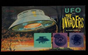 Vintage 1968 AURORA UFO FROM THE INVADERS MODEL KIT In Box #813-150
