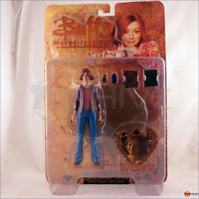 Buffy the Vampire Slayer Willow Season 5 action figure Moore Diamond - worn box