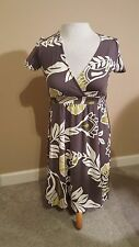 Women's Ladies New York and Co dress tropical XS v-neck