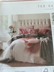 Ted Baker Porcelain Rose Standard Pillowcases 2 in original packaging