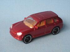 MATCHBOX PORSCHE CAYENNE TURBO incontrato CORPO ROSSO giocattolo modello SPORTS CAR in BP