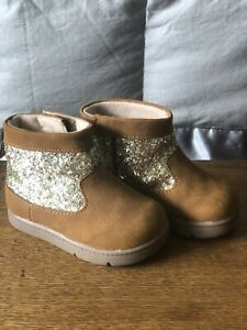 Carters Winter Boots Brown Suede Glitter Size 4 Preowned