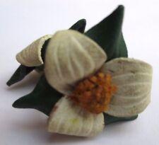 boucles d'oreilles pas de vis ancienne fleur en cuir vert bijou vintage 3143