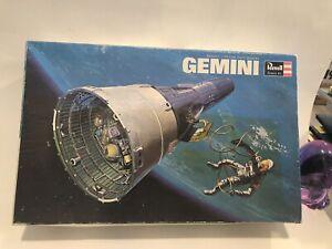 1966 REVELL, GEMINI SPACECRAFT, 1:24, H-1835:300, Unassembled in the box