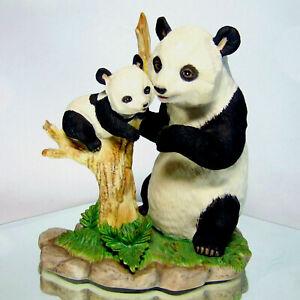 LENOX 1993 Porcelain Giant MOTHER PANDA BEAR & BABY CUB Tree FIGURINE Bears