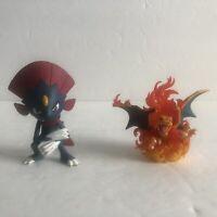 Pokemon Charizard Red Blue Collection 20th Anniversary & TOMY Weavile Mini Figs