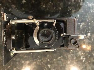 Antique Folding Bellows Camera SENECA Uno Model 3a.