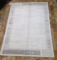 Indian Bianco Royal   Contemporary Handmade Light Grey Wool Rug  4' x 6'