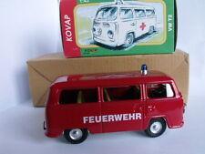 Modellino in latta KOVAP Volkswagen VW T2 1:43 - FEUERWEHR - POMPIERI