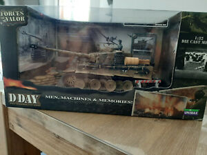 Forces of Valor 1:32 German Tiger I Normandy 1944  D-Day Edition in Box