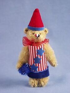 "DEB CANHAM  ""ROCKET "" PATRIOTIC  BEAR"