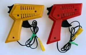 2 Vintage TYCO HO SLOT CARS PISTOL GRIP CONTROLLERS