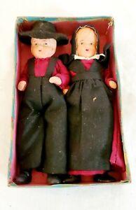 """Pair of Vintage 6"""" Ceramic Amish Dolls"""
