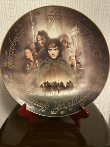 """Lord of the rings Fellowship of the ring plate Danbury mint plate 12""""with Stand"""