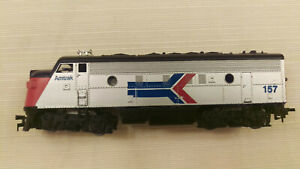 Athearn HO F7A Locomotive Amtrak #157, heavy, looks great, runs good