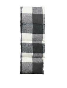 🥇 Designer Steve Madden Men's Plaid Puffer Scarf White Black