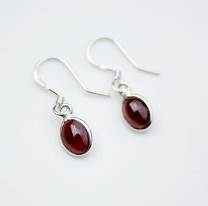 BOXED HANDCRAFTED STERLING SILVER 8MM X 6MM GARNET SMALL DROP EARRINGS