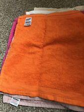 8 Used Face Cloths Bright/Pale