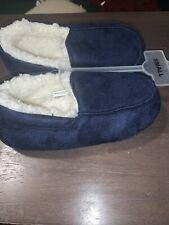 New Boys size small slippers