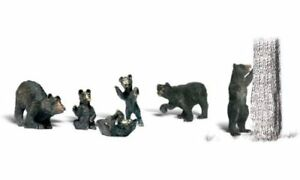Woodland Scenics (HO-Scale) 1885 - Scenic Accents Animals - BLACK BEARS - NIB