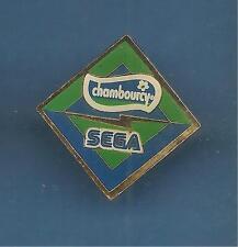 Pin's pin JEU DE CONSOLE VIDEO SPONSORING SEGA / CHAMBOURCY (ref B)