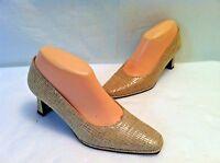 Stuart Weitzman Beige Leather Classic Pumps Shoes Medium Heel Dress Size 7 B