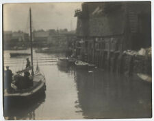PHOTO PICTORIALISM SMALL BOAT.