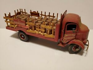 Danbury Mint 1938 Budweiser Delivery Truck Die Cast & 33 Beer Barrels FIXERUPPER