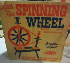 VINTAGE LITTLE RED SPINNING WHEEL  BY REMCO WITH BOX JUNIOR SIZE