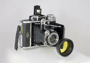Lens hood / filter holder for Zeiss-Ikon Super Ikonta A 531