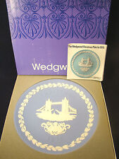 Wedgwood Christmas Plate Tower Bridge 1975 in Box #9