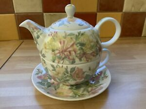 PAST TIMES Floral Tea for One Cup Saucer Teapot Nestled Set 'Diary Edwardin Lady