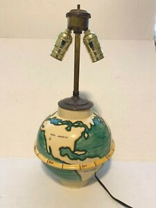 VINTAGE ITALY CERAMIC GLOBE VASE LAMP – SIGNED G.G. – SIMILAR TO GIOPONTI GINORI