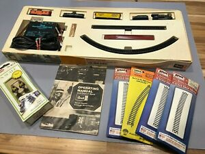 """Vtg. Revell/Rapido N Gauge Microtrain """"The Iron Horse"""" Set  with Extras"""