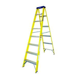 LYTE 8 TREAD FIBREGLASS BUILDERS SWINGBACK TYPE STEPS STEPLADDER EN131 (NGFHS8)