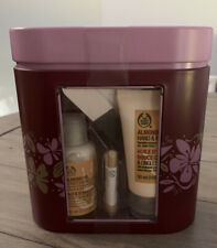 The Body Shop Almond Oil Hand Heaven Gift Set