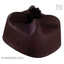 Cappelli e copricapi per carnevale e teatro feltro , prodotta in Italia