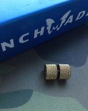 Benchmade Bedlam 860 - Monster Brass Thumb Stud
