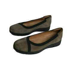 Clarks Artisan Women Shoes Daelyn Hill Sz 7.5 Mushroom Brown Taupe Suede Comfort