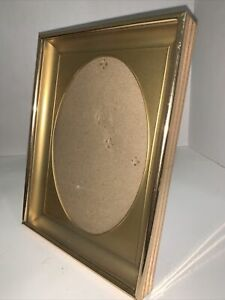 """Photo Frame Gold Oval Mat Holds 5x7"""" Picture Gold-tone Metal Vintage"""