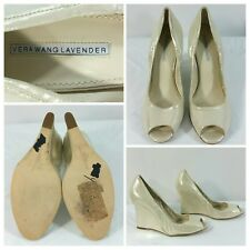 Vera Wang Lavender Wedges Shoes Beige Leather  Peep Toe Size 10M